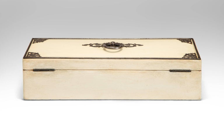 Continental Steel Decorated White Painted Spa Box In Good Condition For Sale In New York, NY
