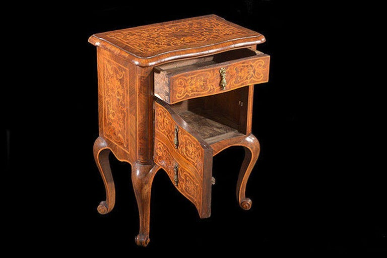 Continental Walnut and Satinwood Marquetry Cabinet For Sale 5