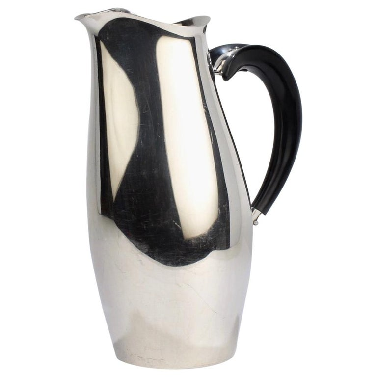 Contour Silver Plated Cocktail Pitcher by Robert King & John Van Koert for Towle For Sale