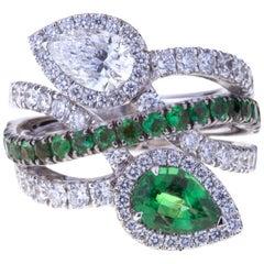 Contrarié Ring Diamond and Emerald Drop Cut