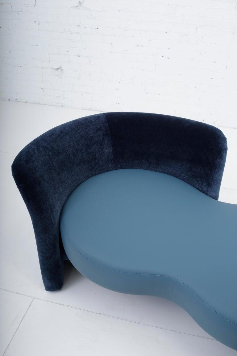 American Convertible Tete-a-Tete Settee Sofa, Thayer-Coggin For Sale