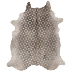 Copper Metallic Diamond Pattern Gray Cowhide Rug, Medium
