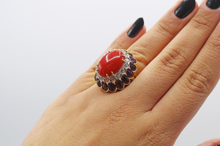 Coral Amethyst Diamond 18 Karat Gold 1980s Cocktail Ring In Excellent Condition For Sale In New York, NY
