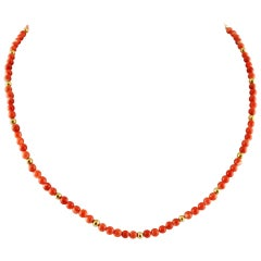 Coral and 18 Karat Yellow Gold Beaded Necklace