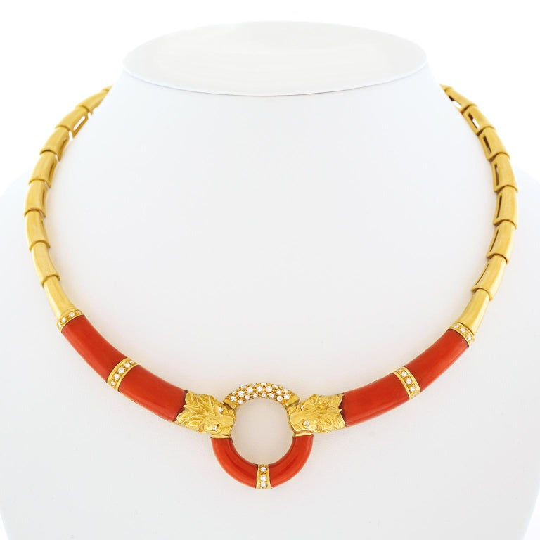 Coral and Diamond 1970s Gold Necklace For Sale 3
