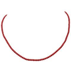 Coral Beaded and 18 Karat Yellow Gold Necklace