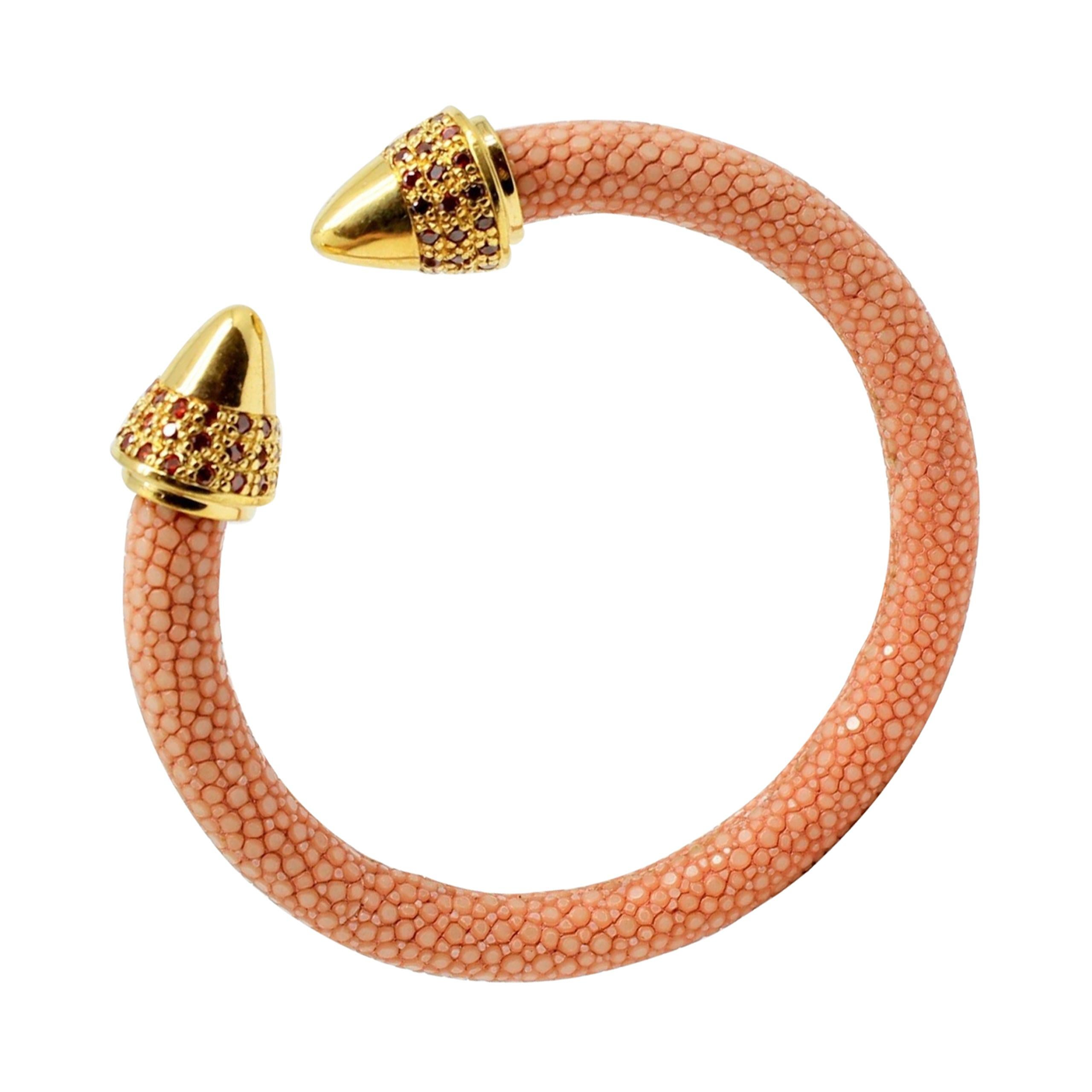 Coral Galuchat Skin Bangle Bracelet Teo, Gold-Plated