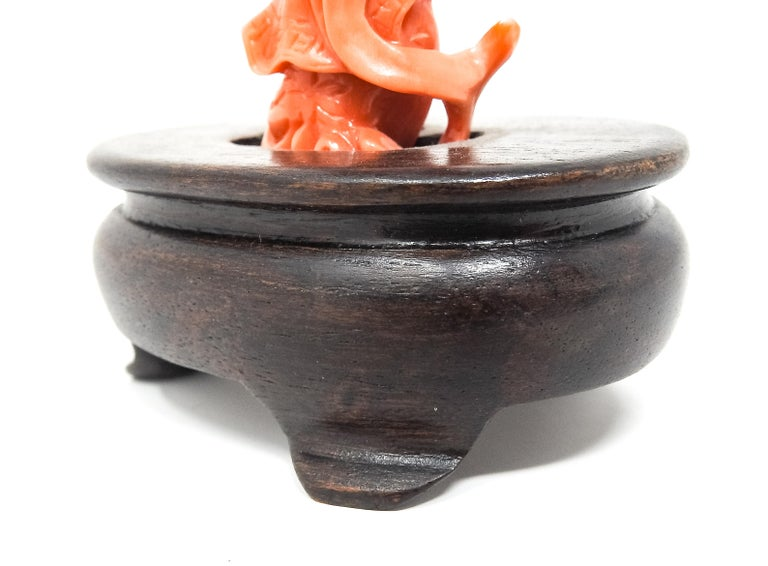 Coral Geisha Figure on Wooden Base For Sale 9