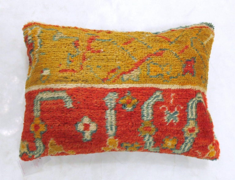 Archaistic Coral Gold Early 20th Century Wool Antique Oushak Border Large Rug Pillow For Sale