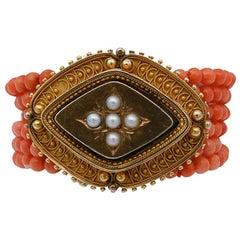 Coral, Pearls, 18 Karat Yellow Gold Beaded Bracelet