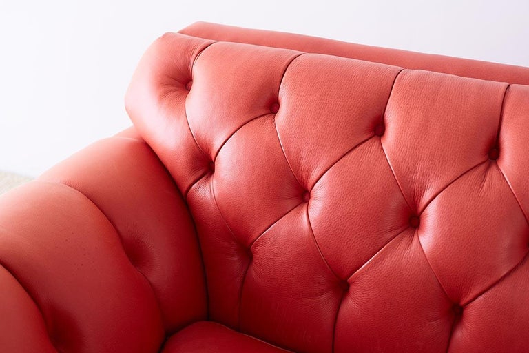 Coral Red Leather Tufted Chesterfield Sofa Settee In Good Condition For Sale In Oakland, CA