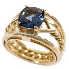 Coralie Van Caloen 18 Carat Yellow Gold Blue Spinel Torsade Band Ring