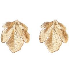 Coralie Van Caloen 18k Yellow Gold Hand Engraved Fig Leaves Earrings