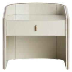 Coralina II Nightstand in Glossy Lacquered and Antique Brass Handle