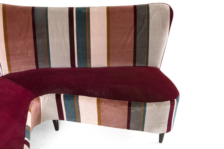 Corner Sofa/Settee, Italy, 1950s In Good Condition For Sale In New York, NY