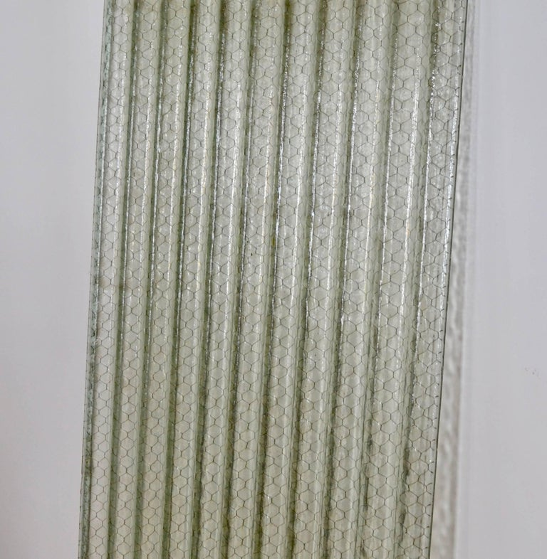 American Corrugated Chicken Wire Glass Panels For Sale