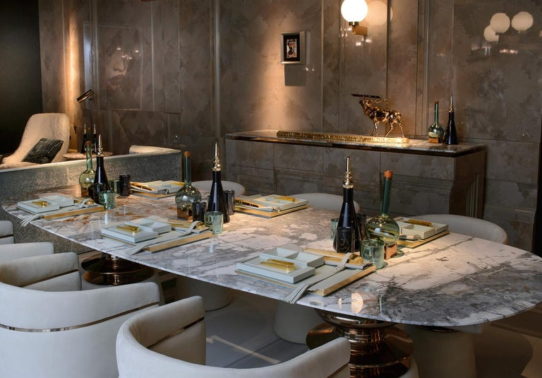 Modern Cortes, Dining table with marble top For Sale