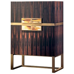 Cosmopolitan Bar Cabinet in Macassar Ebony Veneer and Horn, Mod. 6027EBO