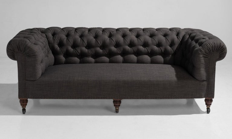 English Country House Chesterfield Sofa, England, circa 1890 For Sale