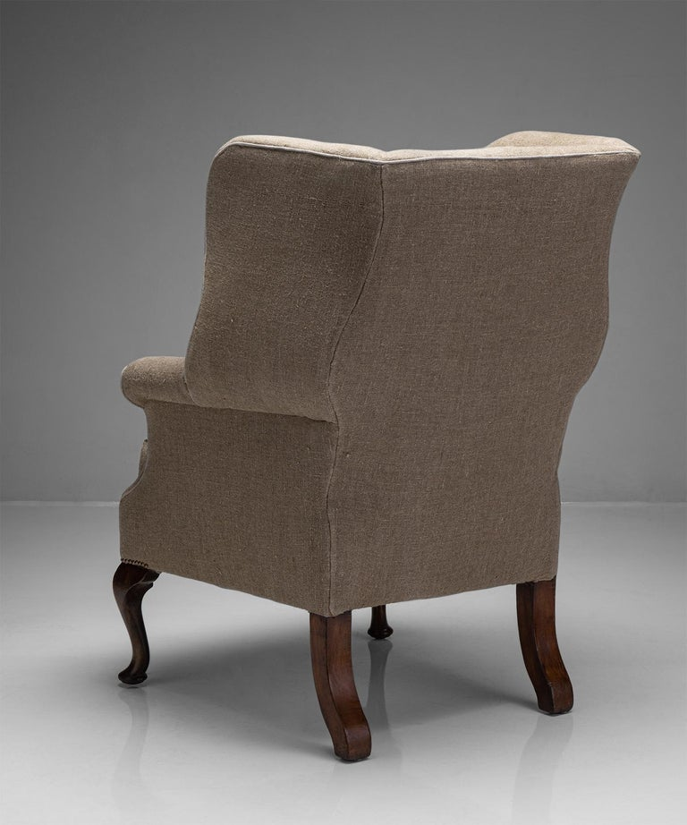 Country House Wingback Armchair, England, Circa 1870 In Good Condition For Sale In Culver City, CA