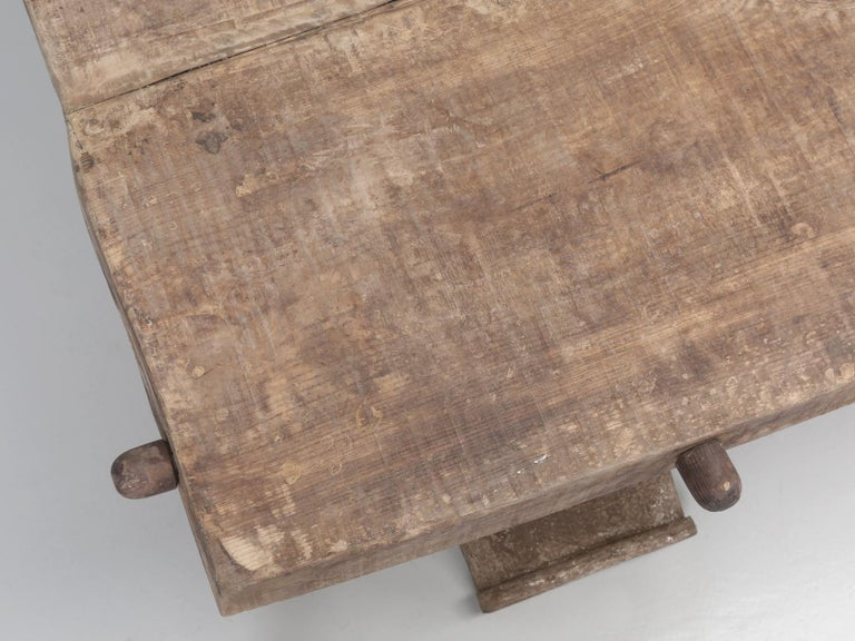 Country Italian Massive Size Dining Table Still in its Original Rustic Finish For Sale 2