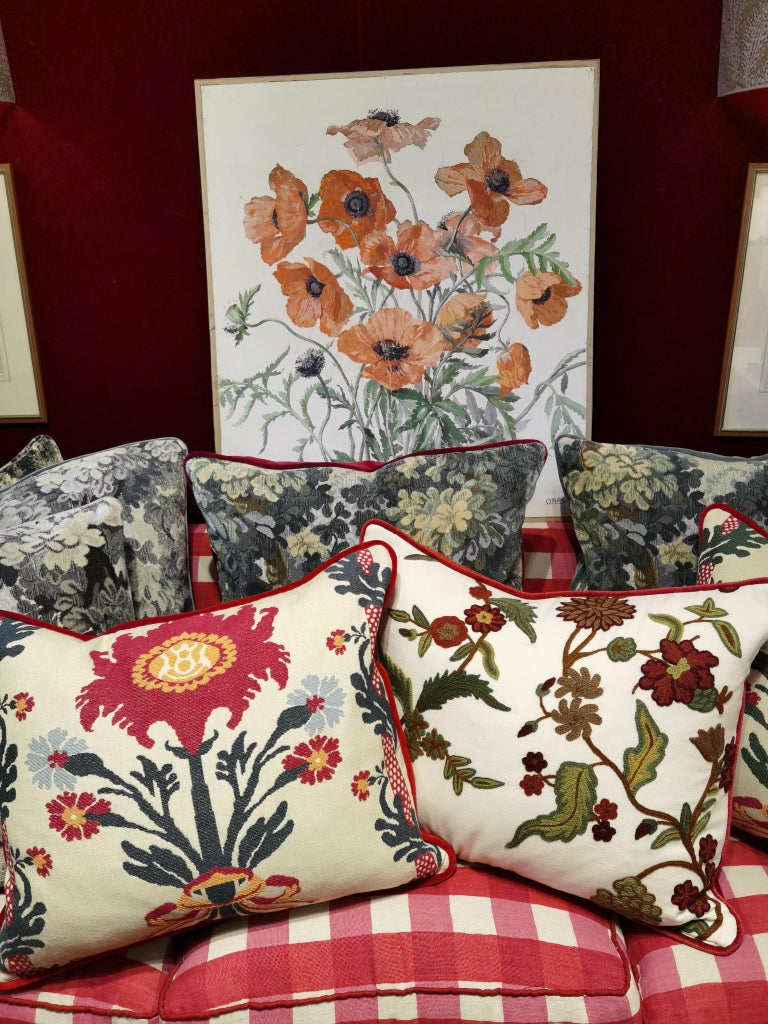 Country Style Handmade Cushion Sofina Boutique Kitzbuehel In New Condition For Sale In Kitzbuhel, AT