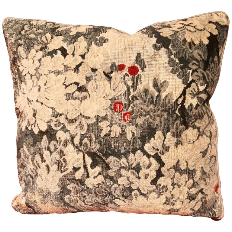 Country Style Handmade Cushions Velvet Sofina Boutique Kitzbuehel For Sale