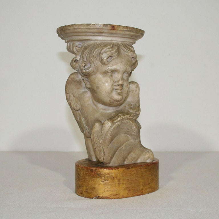 Couple of 17th-18th Century Italian Marble Angels For Sale 7