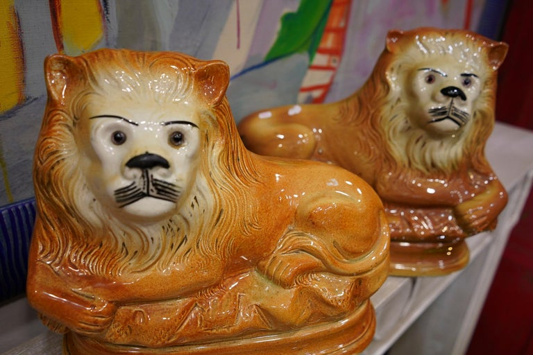 Couple of English Cinnamon Ceramic Lions Staffordshire Manufacture, Crystal Eyes For Sale 10