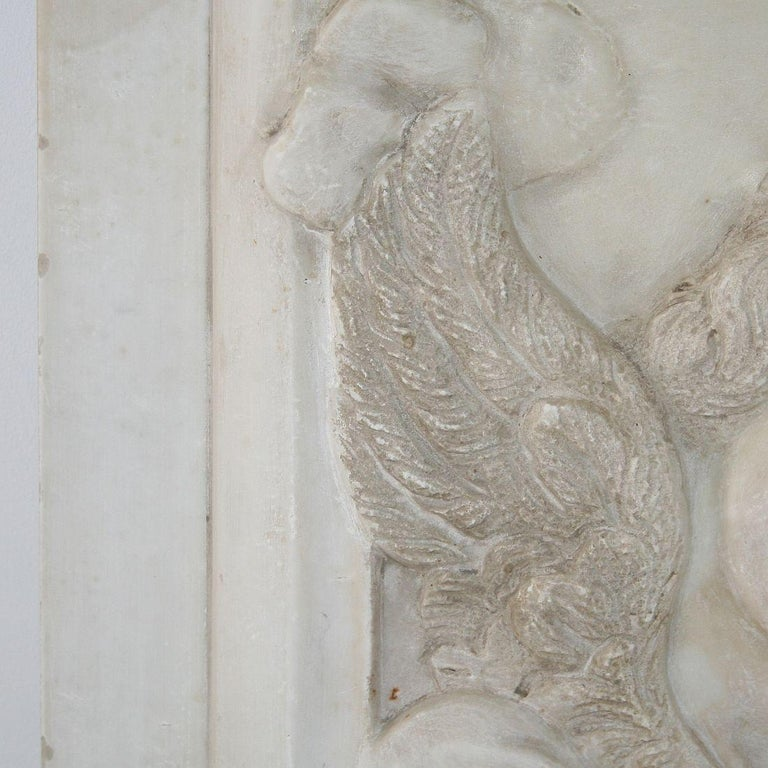 Couple of Italian 18th Century Baroque Marble Angel Panels For Sale 10