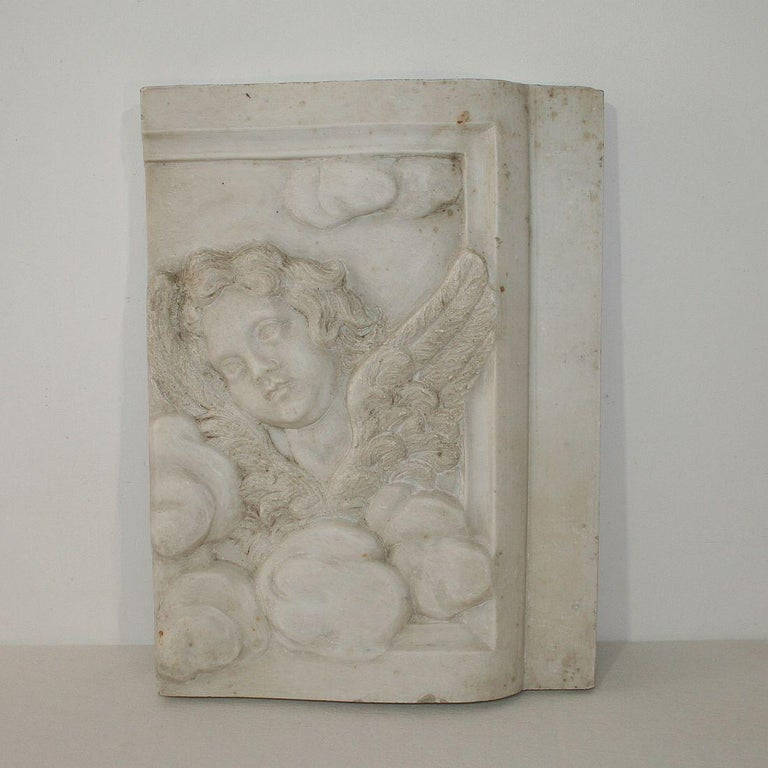 Couple of Italian 18th Century Baroque Marble Angel Panels In Good Condition For Sale In Amsterdam, NL