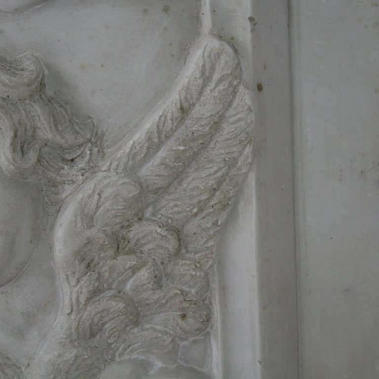 Couple of Italian 18th Century Baroque Marble Angel Panels For Sale 2