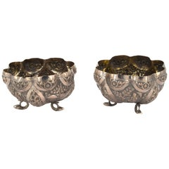 Couple of Oriental Bowls, 19th Century