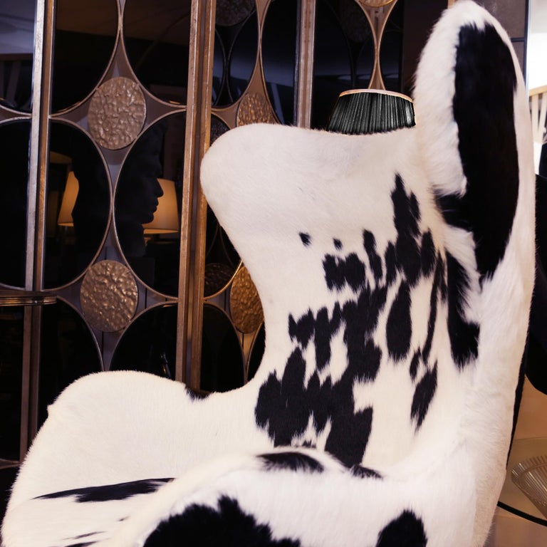 Pony Black and White Egg Armchair For Sale 2