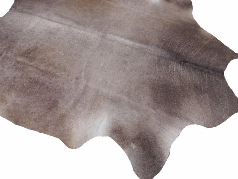 Cowhide Rug Brown Grey Large Size In New Condition For Sale In Lohr, Bavaria, DE