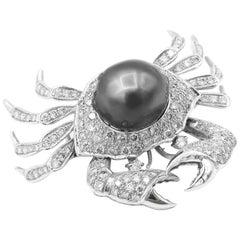 Crab Brooch Baroque Tahitian Pearl Diamond Pavé 18 Karat White Gold