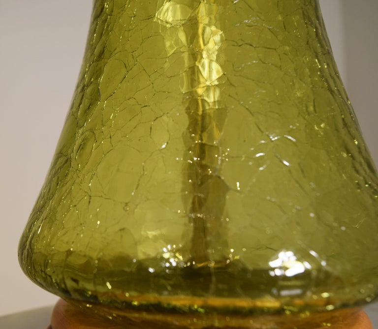Crackled green lamp by Blenko For Sale 2