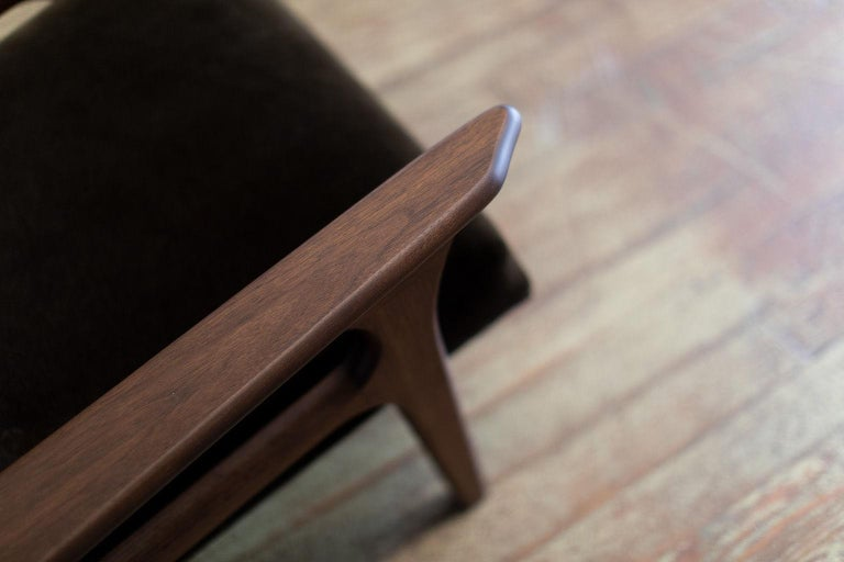 Craft Associates Modern Lounge Chair, 2002, the Parallax For Sale 1