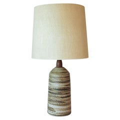 Cream and Brown Midcentury Art Pottery Lamp by Jane & Gordon Martz