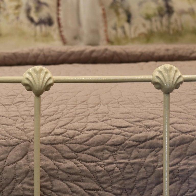 Cast Cream Antique Bed, MD89