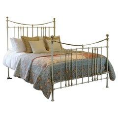 Cream Antique Bed MK185