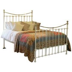 Cream Antique Bed MK192
