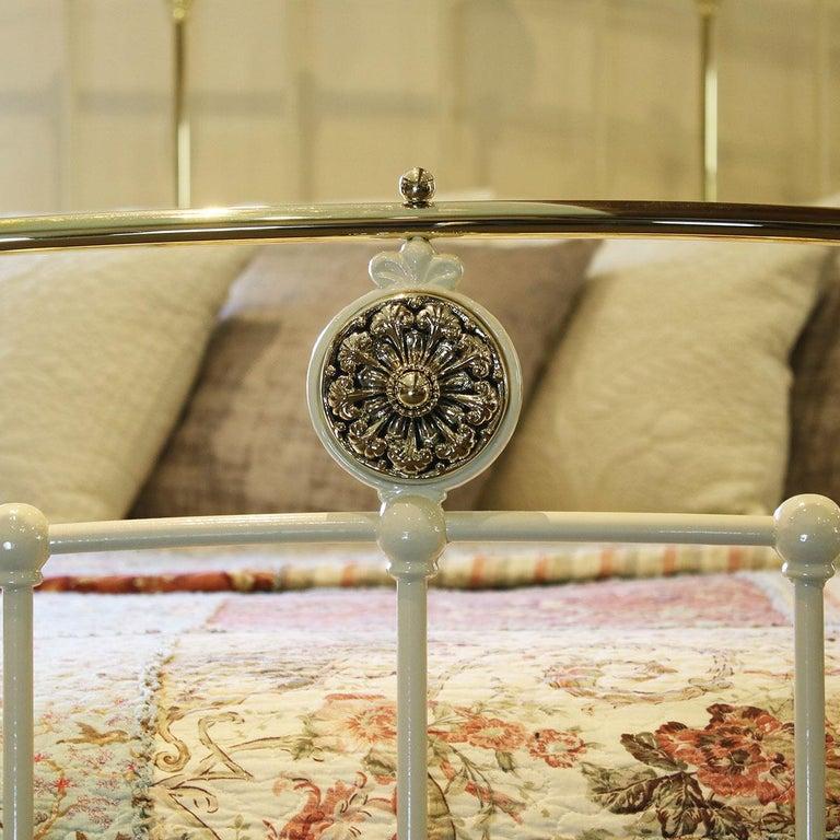 Cream Antique Bed MK199 For Sale 1