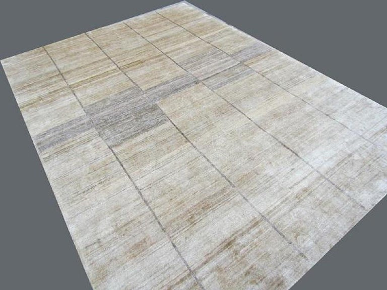 Indian Cream Beige Hand Knotted Silk Contemporary Geo-Modern Rug For Sale