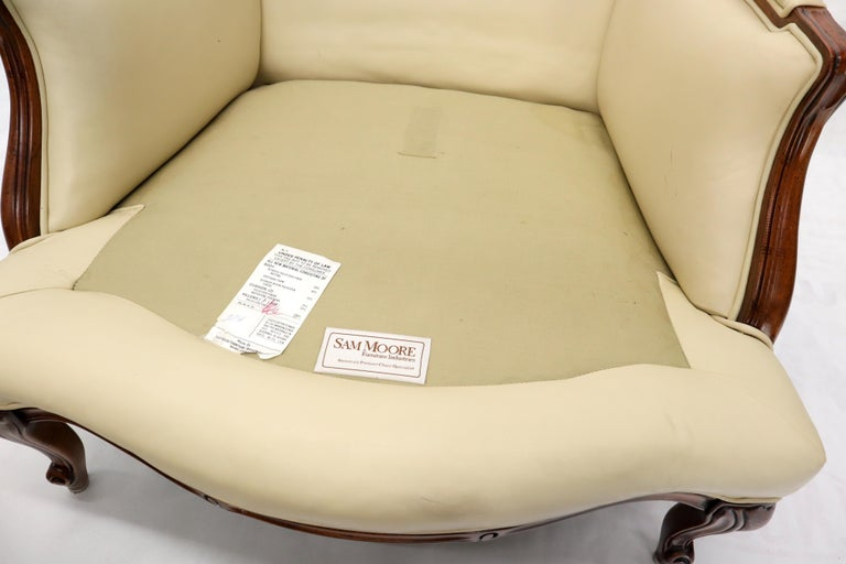 Cream Leather Chaise 2-Part Chaise Lounge Chair and Ottoman For Sale 9