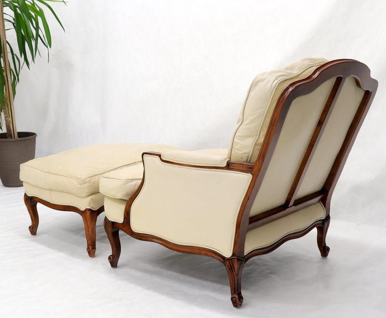 Cream Leather Chaise 2-Part Chaise Lounge Chair and Ottoman For Sale 11