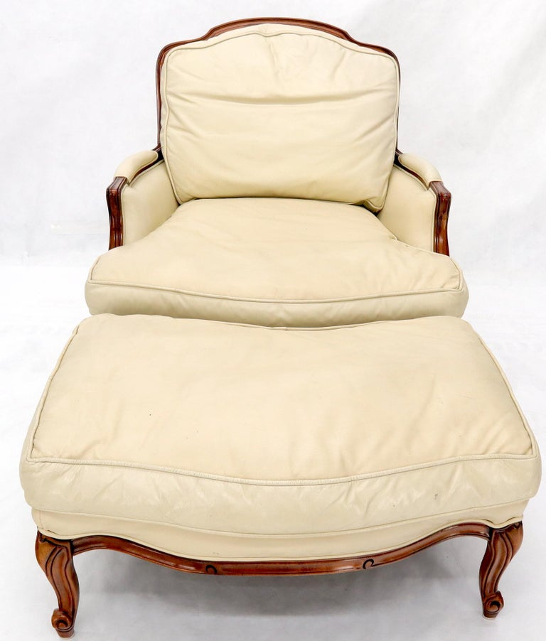 Cream Leather Chaise 2-Part Chaise Lounge Chair and Ottoman For Sale 2