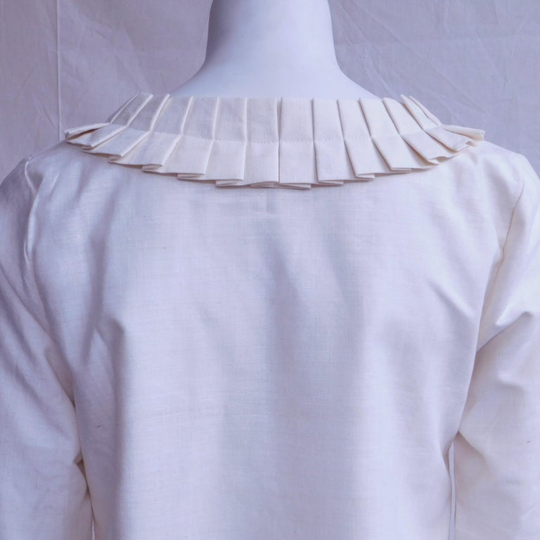 Cream Silk Jacket with Pleated Details Anauve of Madrid Spain For Sale 3