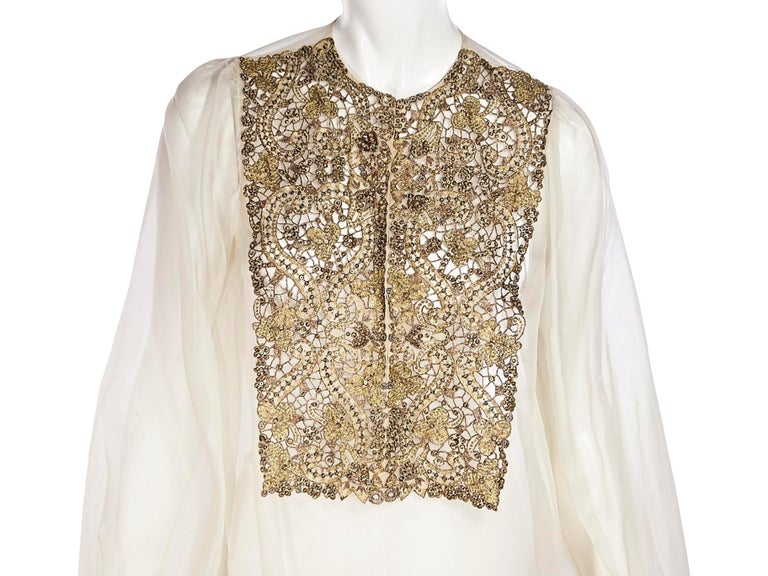 Oscar De La Renta Cream Silk Embellished Blouse In Good Condition In New York, NY