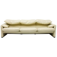Cream White 3-Seat Leather Sofa Maralunga by Vico Magistretti, 1973, Cassina